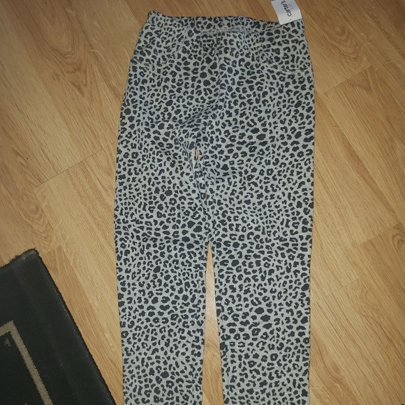 Other - Sz 8 NWT girls Carters leggings